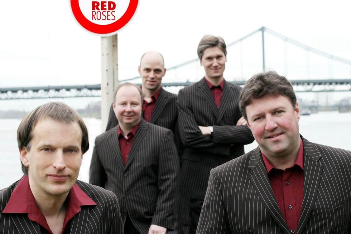 Red-Roses-treten-im-Panoramic-auf_1126x760.jpg