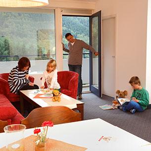 http://www.panoramic-hotel.de/wp-content/uploads/2016/10/Comfort-Apartment-Typ-B-2-Harz_305x305.jpg