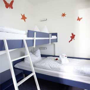 https://www.panoramic-hotel.de/wp-content/uploads/2016/10/FeWo-Harz-Kinderschlafzimmer-Typ-B_305x305.jpg