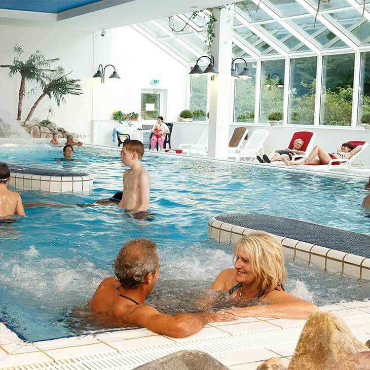 Schwimmbad im panoramic hotel panoramic hotel for Harz hotel mit schwimmbad
