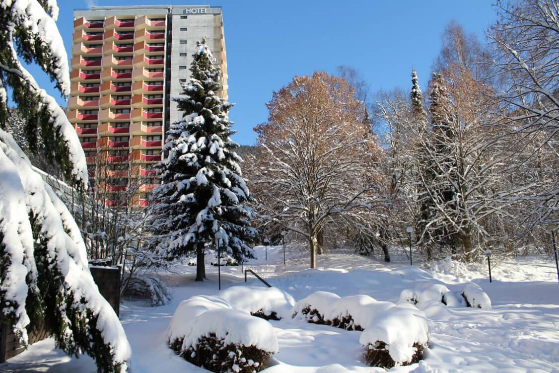 http://www.panoramic-hotel.de/wp-content/uploads/2017/01/Außenaufnahme_Winter_2017.jpg